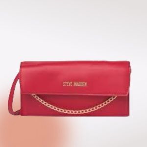 STEVE MADDEN Jada Wallet on a Chain in Red